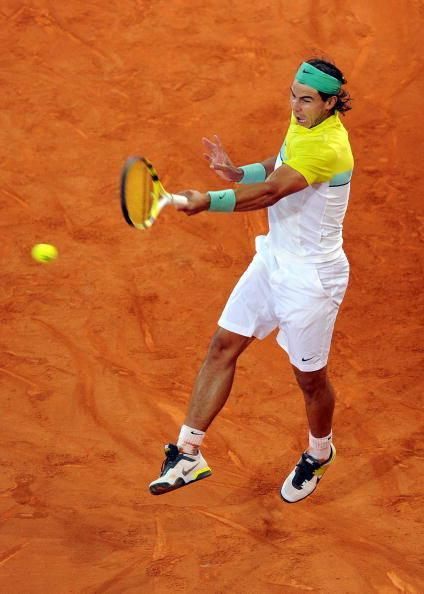 Kỹ thuật đánh tennis thuận tay