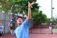 5 dieu can tranh khi sua ky thuat giao bong tennis