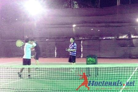 Lop tennis co ban Le Trong Tan Thanh Xuan Ha noi