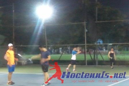 Lớp tennis cơ bản CB83