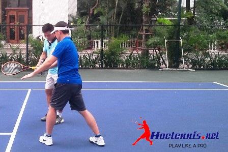 Day tennis nguoi nuoc ngoai FPC16 2
