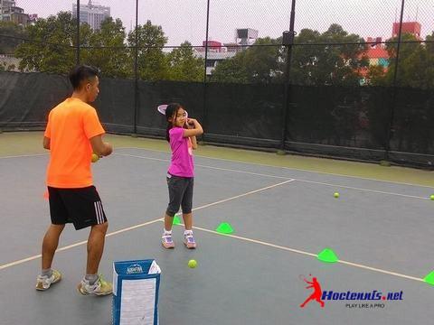 Lớp tennis kids CB105