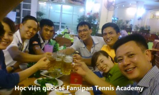 Tennis co ban CB114 - Lien hoan tot nghiep