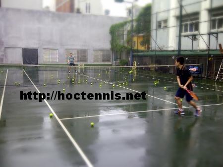 Lớp tennis cơ bản CB7 ở Tôn Đức Thắng, Đống Đa, Hà nội