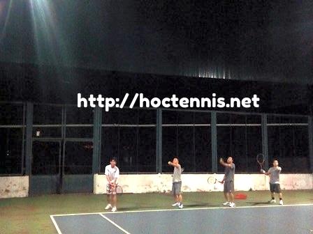 Lớp học tennis ở Trường Chinh, Thanh Xuân, Hà nội