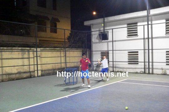 Lớp tennis cơ bản ở Linh Đàm, Hoàng Mai, Hà nội